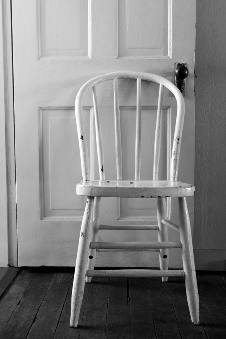 Bunkhouse White Chair